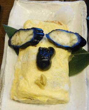 顔のある卵焼き